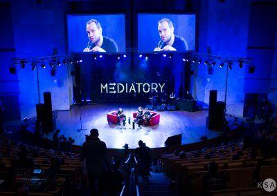 10 Gala Mediatory 18