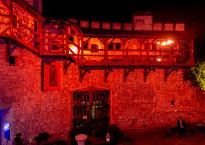 Zamek Korzkiew - dekoracja światłem 8