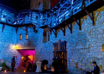 Zamek Korzkiew - dekoracja światłem 5