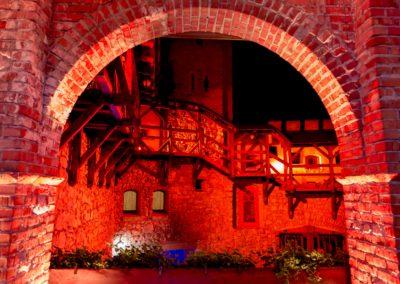 Zamek Korzkiew - dekoracja światłem 9